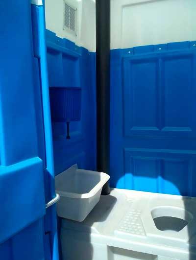 Туалетная кабина для дачи, комплектация «Стандарт»
